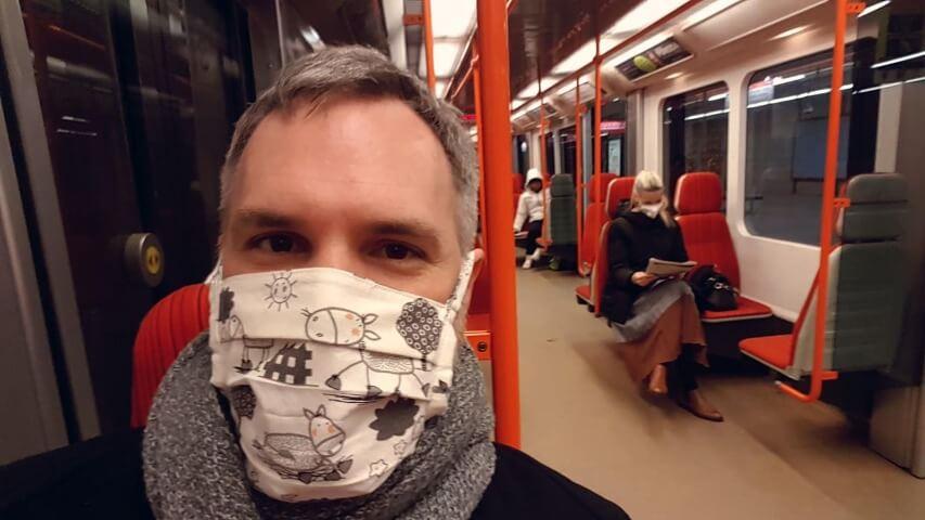 獨家-影片-捷克-宣導-民眾-口罩-對抗-武漢-肺炎-政府-改變-新冠-病毒-疫情-防疫-政策-布拉格-市長-照片-台灣-網路-全國-連署-公民-力量-推動-歐洲-手工-自製-配備-保護-措施