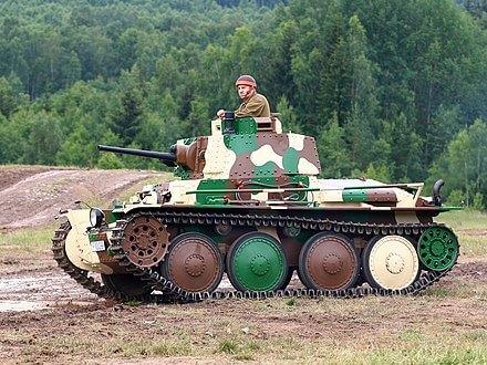 SKODA-口罩-武漢-肺炎-防疫-捷克-企業-製造-汽車-戰車-坦克-武器-3D-列印-FFP3-等級醫療-設備-新冠-病毒-疫情-企業-支援-國家-器材-物資-歐洲-布拉格-軍火-工業-公司-民間-政府-合作